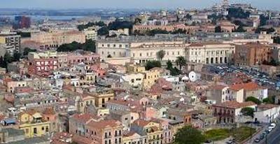 Neolaureato a Cagliari