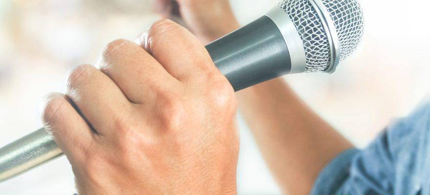 Importanza di sapere parlare in pubblico